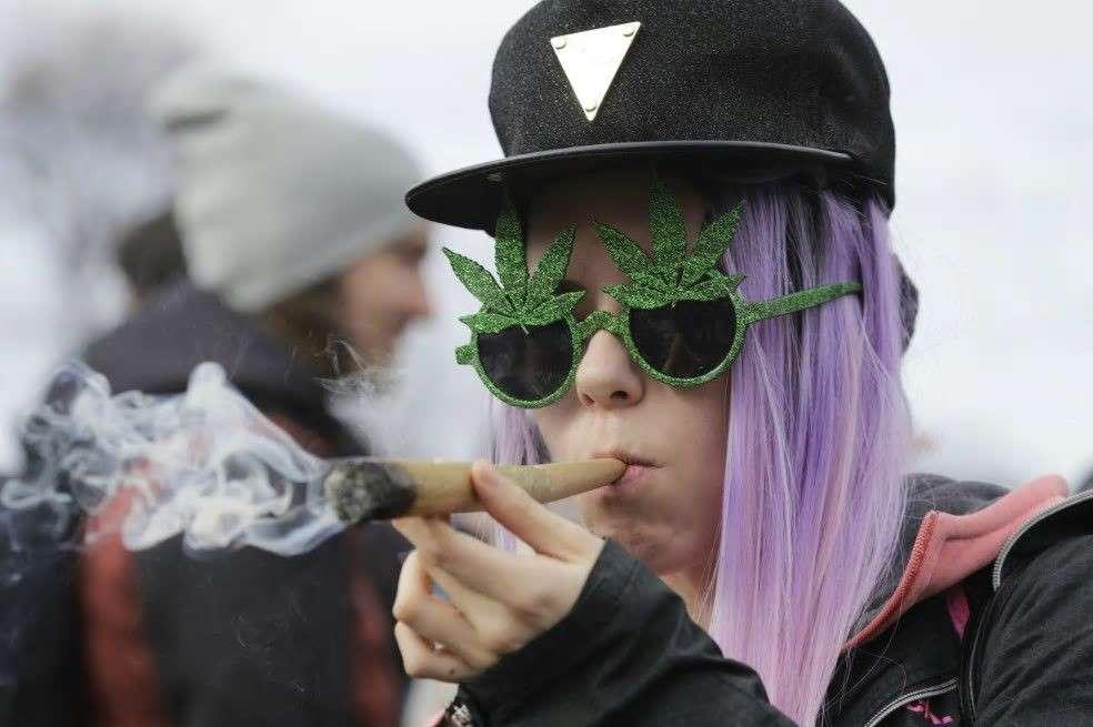 Los franceses son los primeros consumidores de cannabis en Europa y ocupan el tercer lugar en cocaína. / Bloomberg